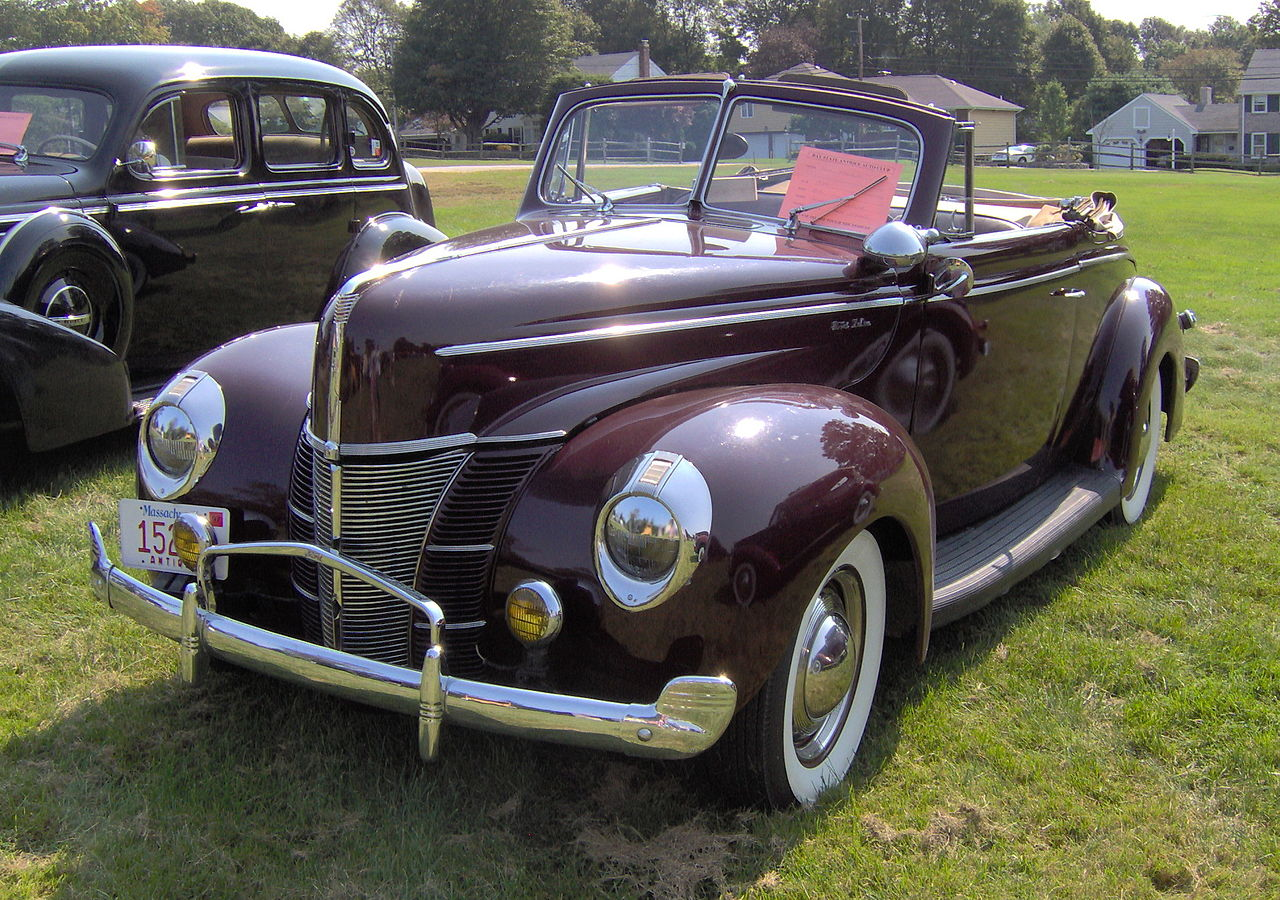 Ford Deluxe 1940 foto - 3