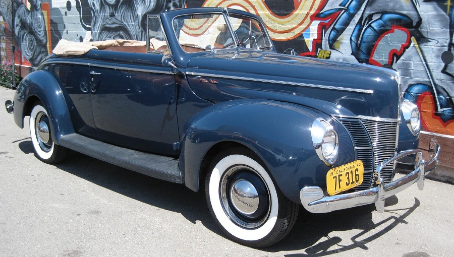Ford Deluxe 1940 foto - 5