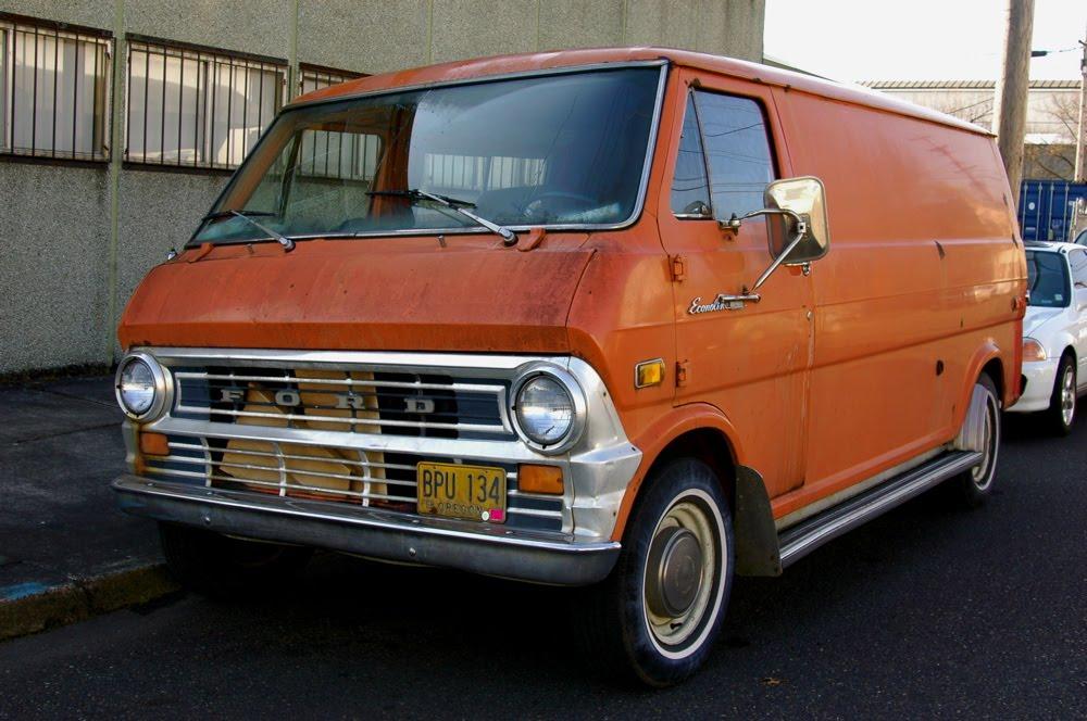 Ford Econoline 1973 foto - 1