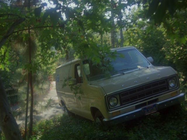 Ford Econoline 1975 foto - 4