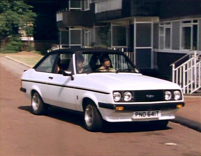 Ford Escort 1977 foto - 1