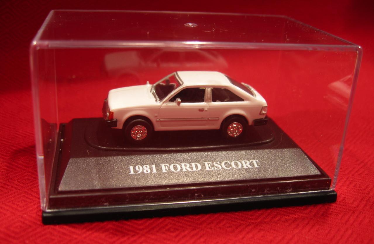 Ford Escort 1981 foto - 4