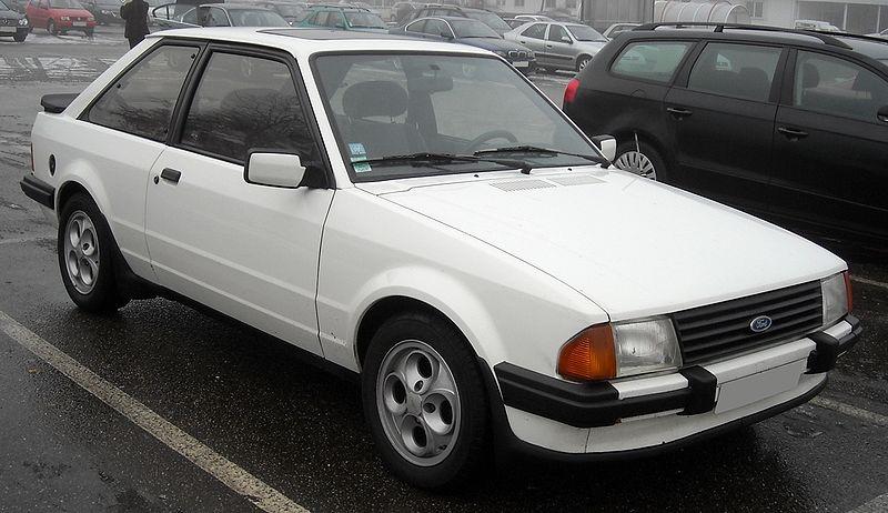 Ford Escort 1986 foto - 1