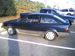 Ford Escort 1989 foto - 2