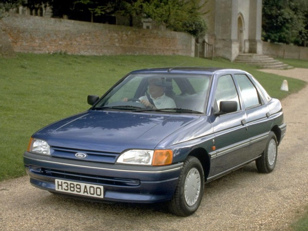 Ford Escort 1990 foto - 1