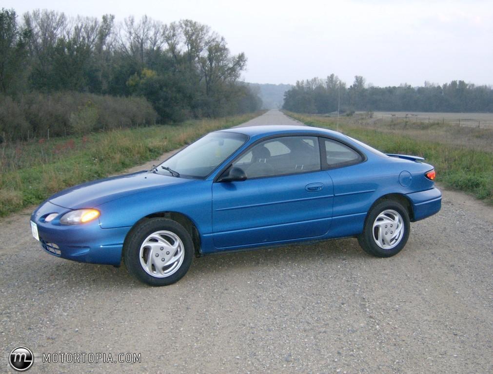 Ford Escort 2001 foto - 1