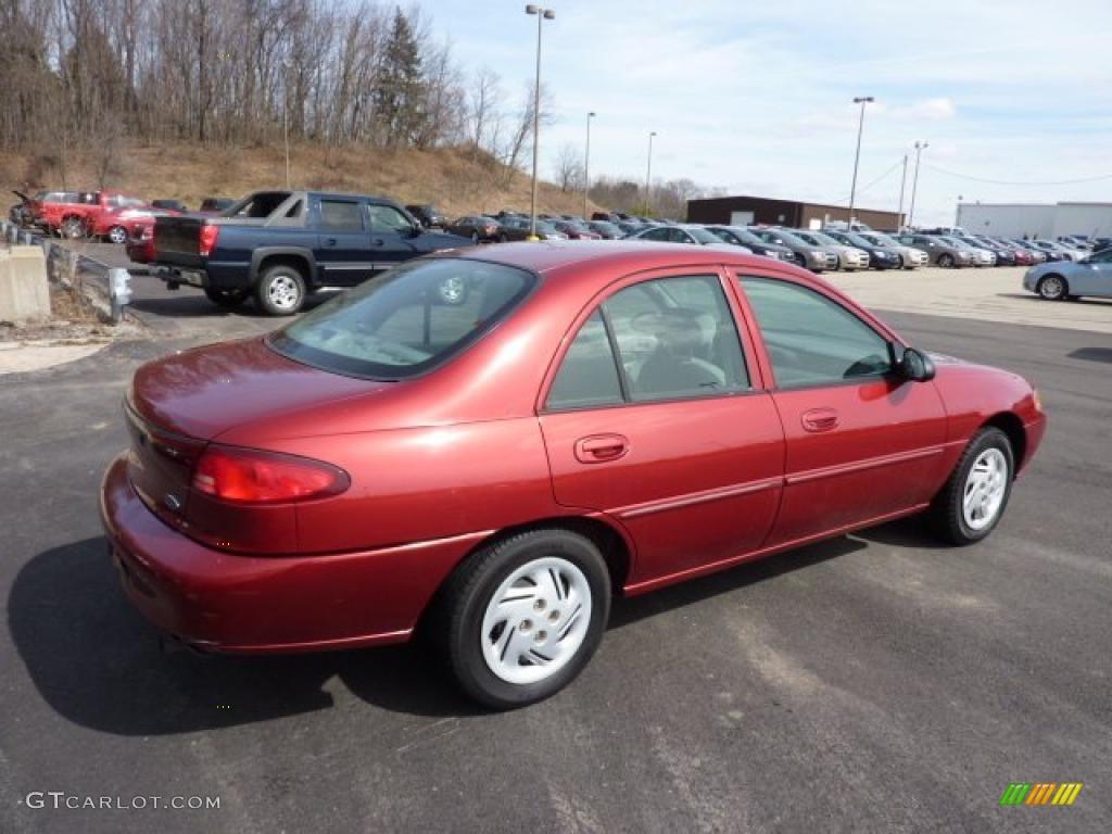 Ford Escort 2001 foto - 5