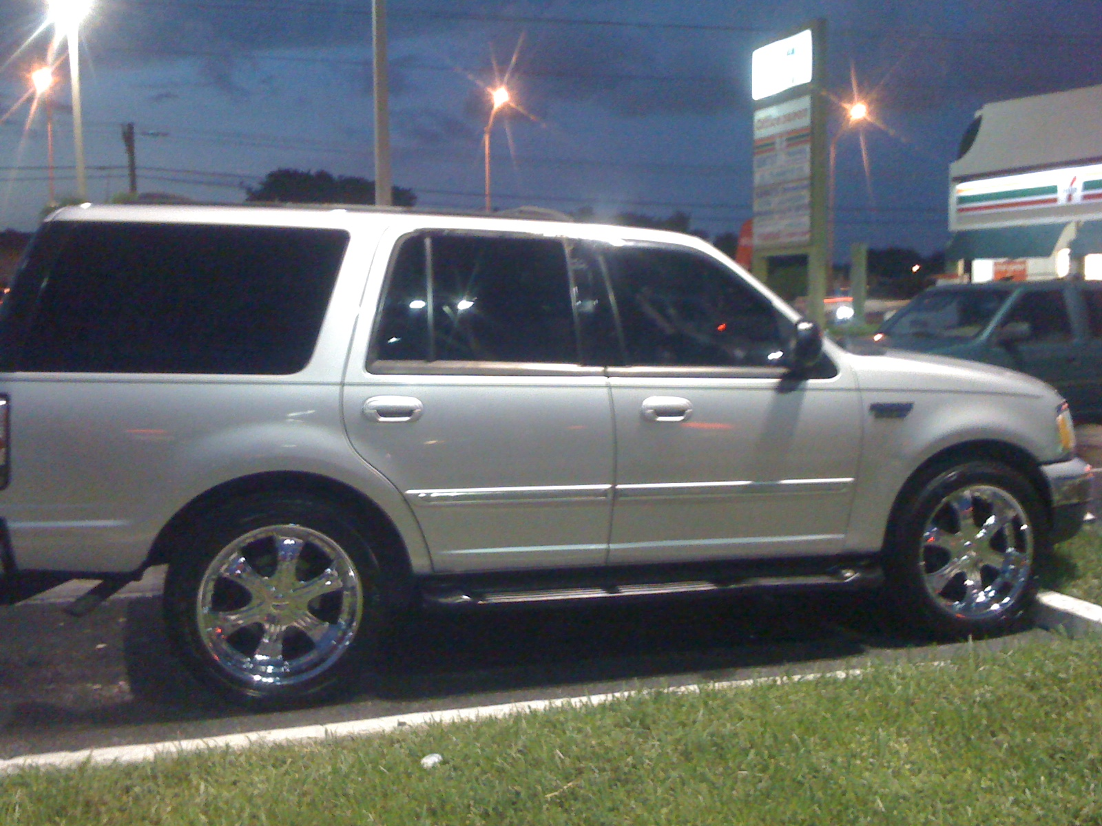 Ford Expedition 2000 foto - 4