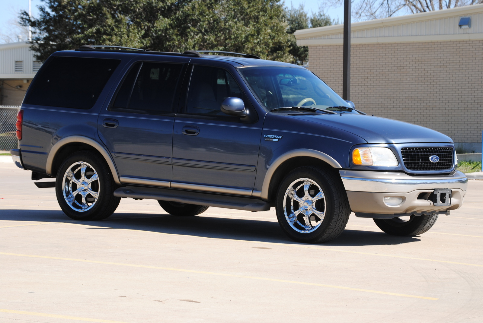 Ford Expedition 2002 foto - 2