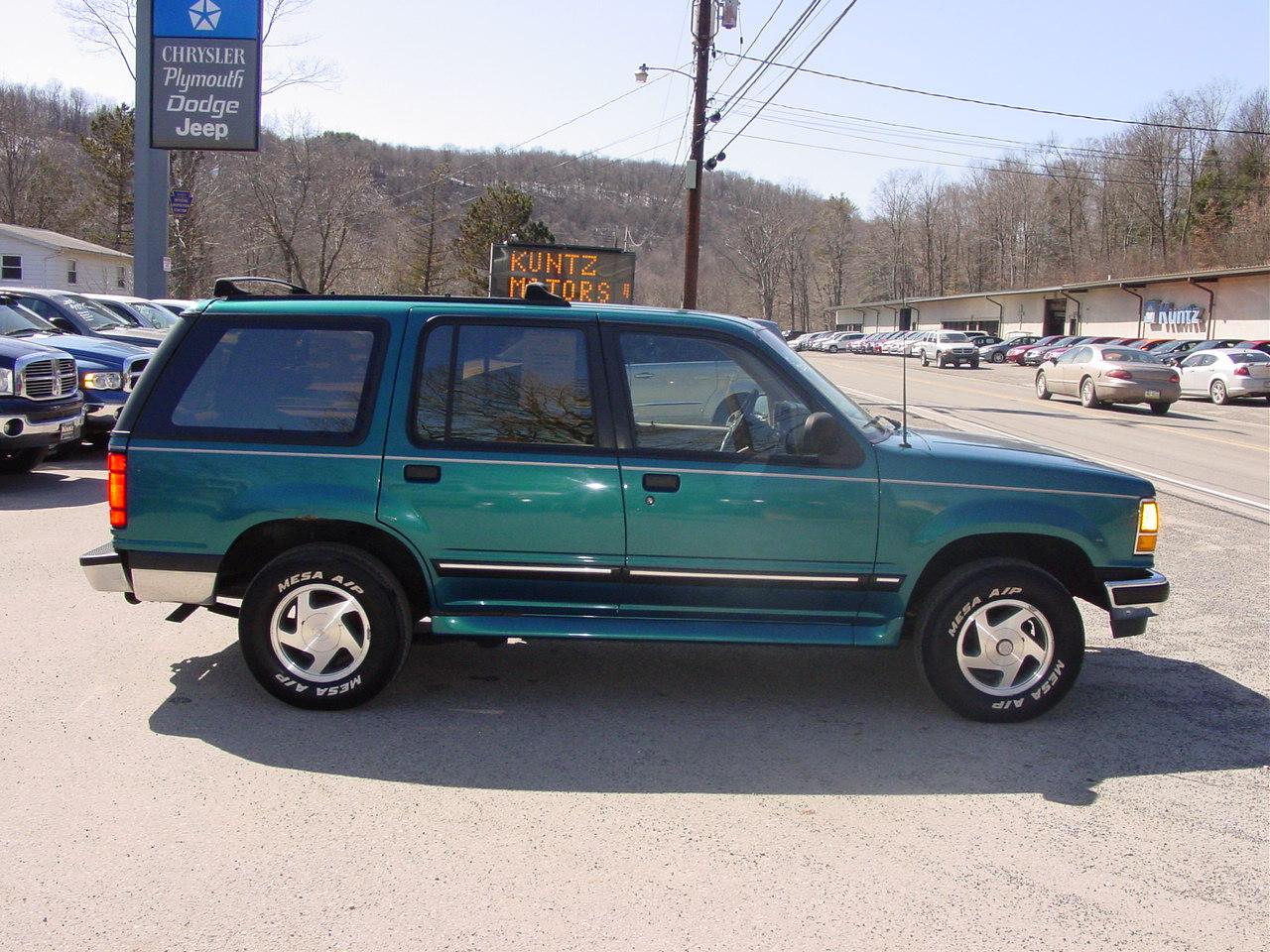Ford Explorer 1994 foto - 2
