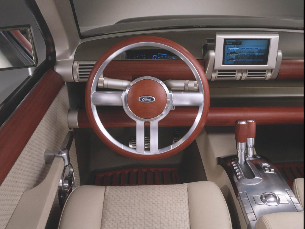 Ford Explorer 2004 foto - 2