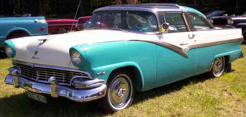 Ford Fairlane 1956 foto - 2