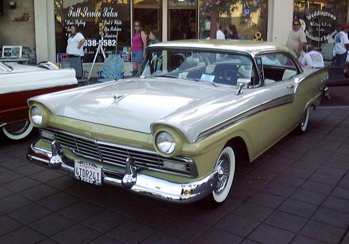 Ford Fairlane 1957 foto - 4