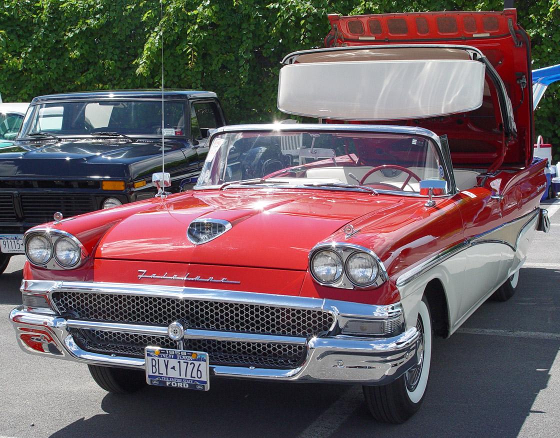 Ford Fairlane 1959 foto - 1