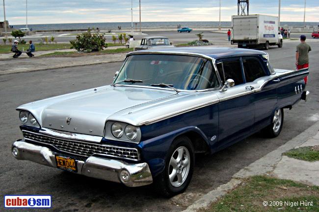 Ford Fairlane 1959 foto - 2