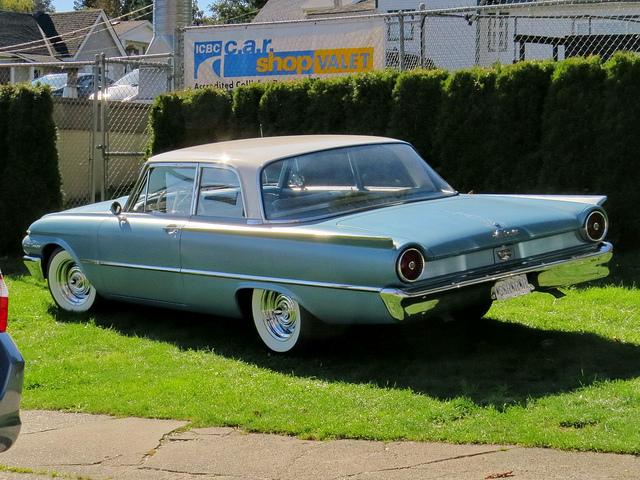 Ford Fairlane 1961 foto - 5