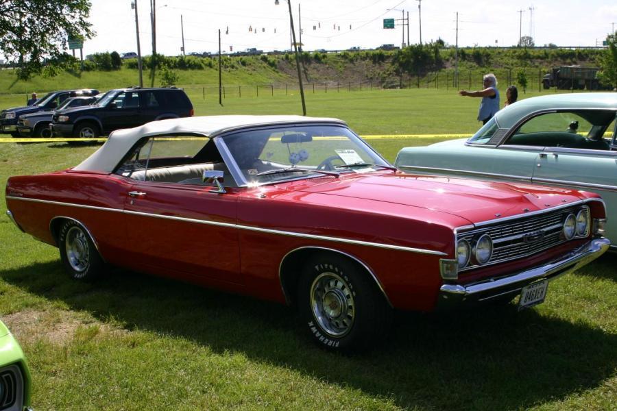 Ford Fairlane 1968 foto - 1