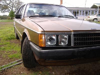 Ford Fairlane 1980 foto - 2