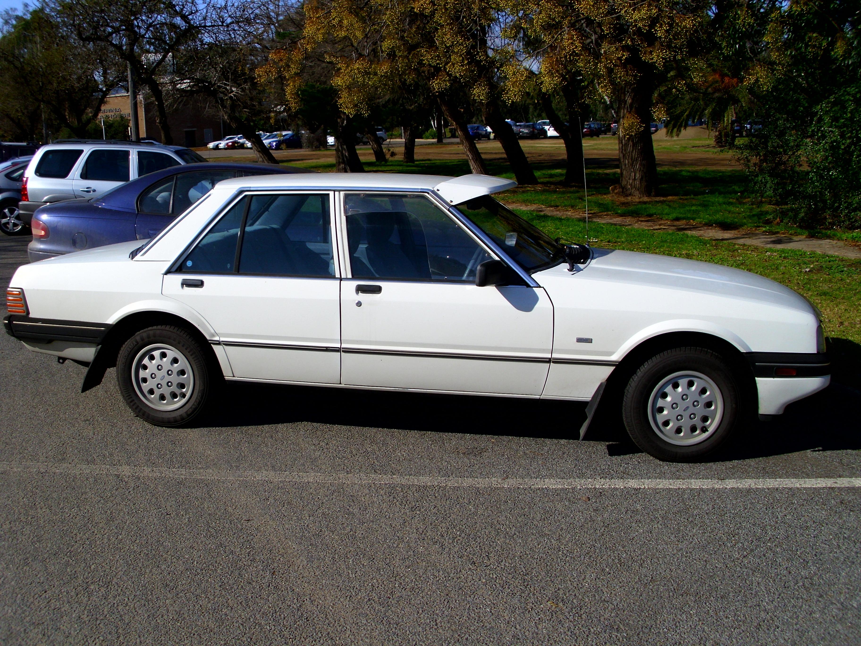 Ford Falcon 1986 foto - 2
