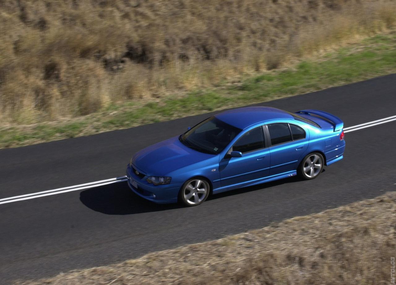 Ford Falcon 2002 foto - 3