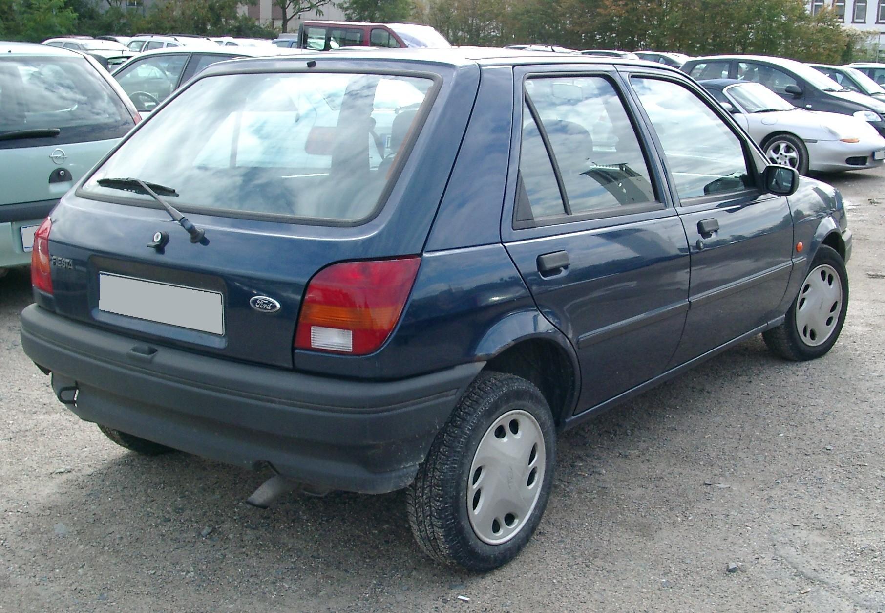 Ford Fiesta 1984 foto - 3