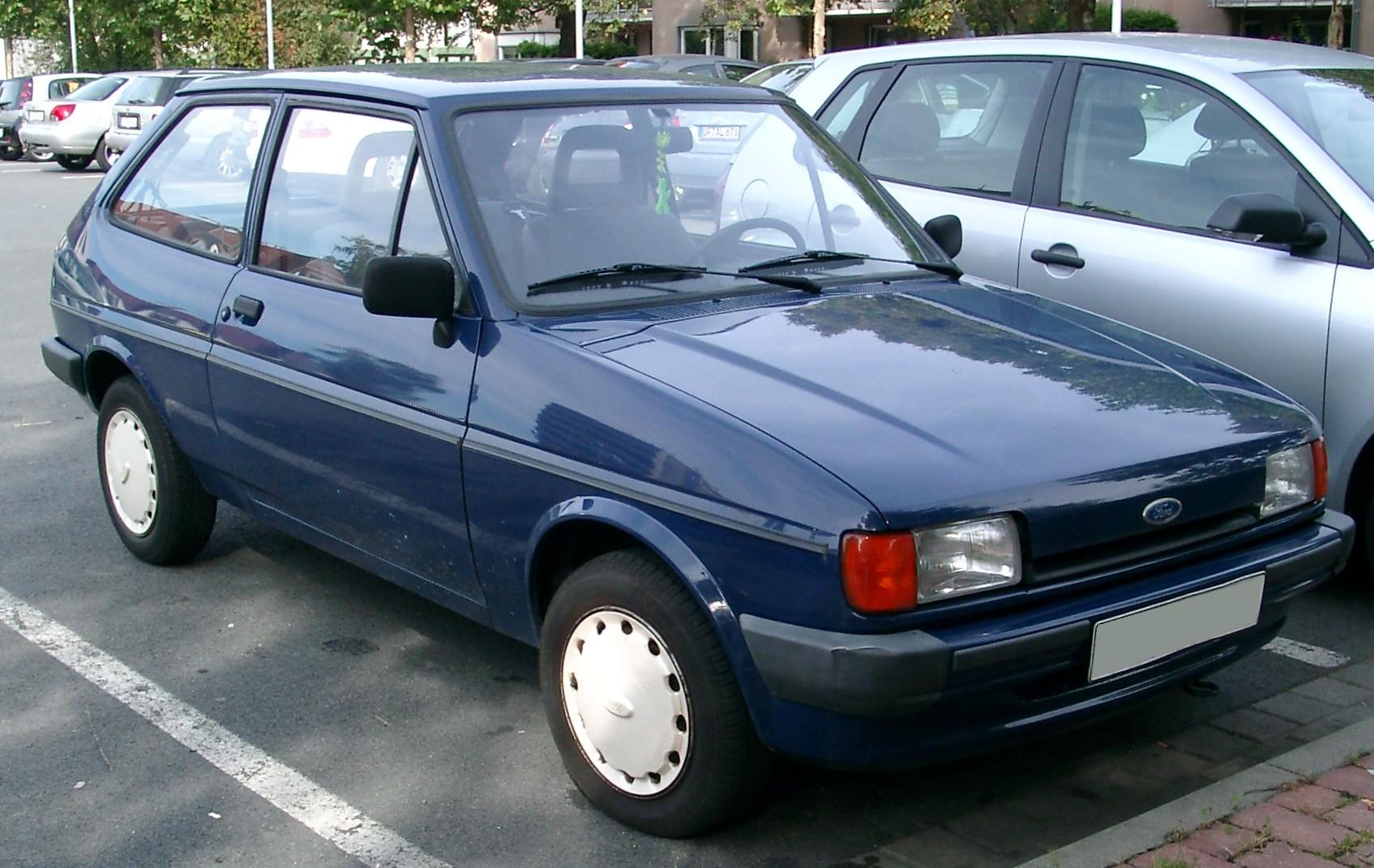 Ford Fiesta 1990 foto - 3