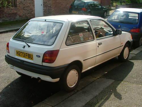 Ford Fiesta 1991 foto - 2