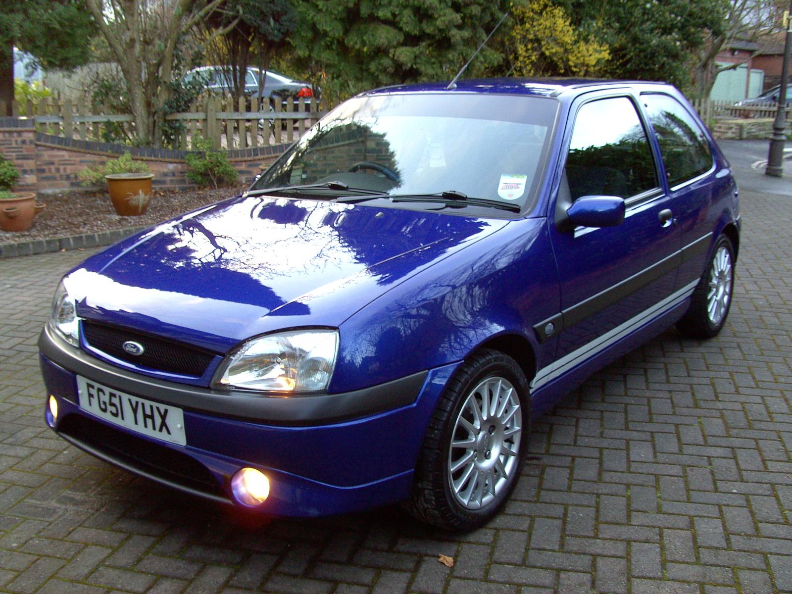 Ford Fiesta 2001 foto - 1