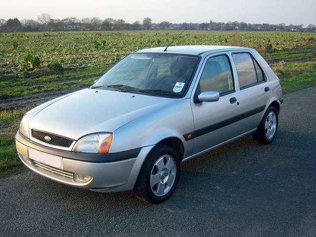 Ford Fiesta 2003 foto - 2