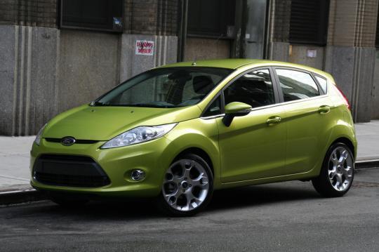 Ford Fiesta 2011 foto - 2