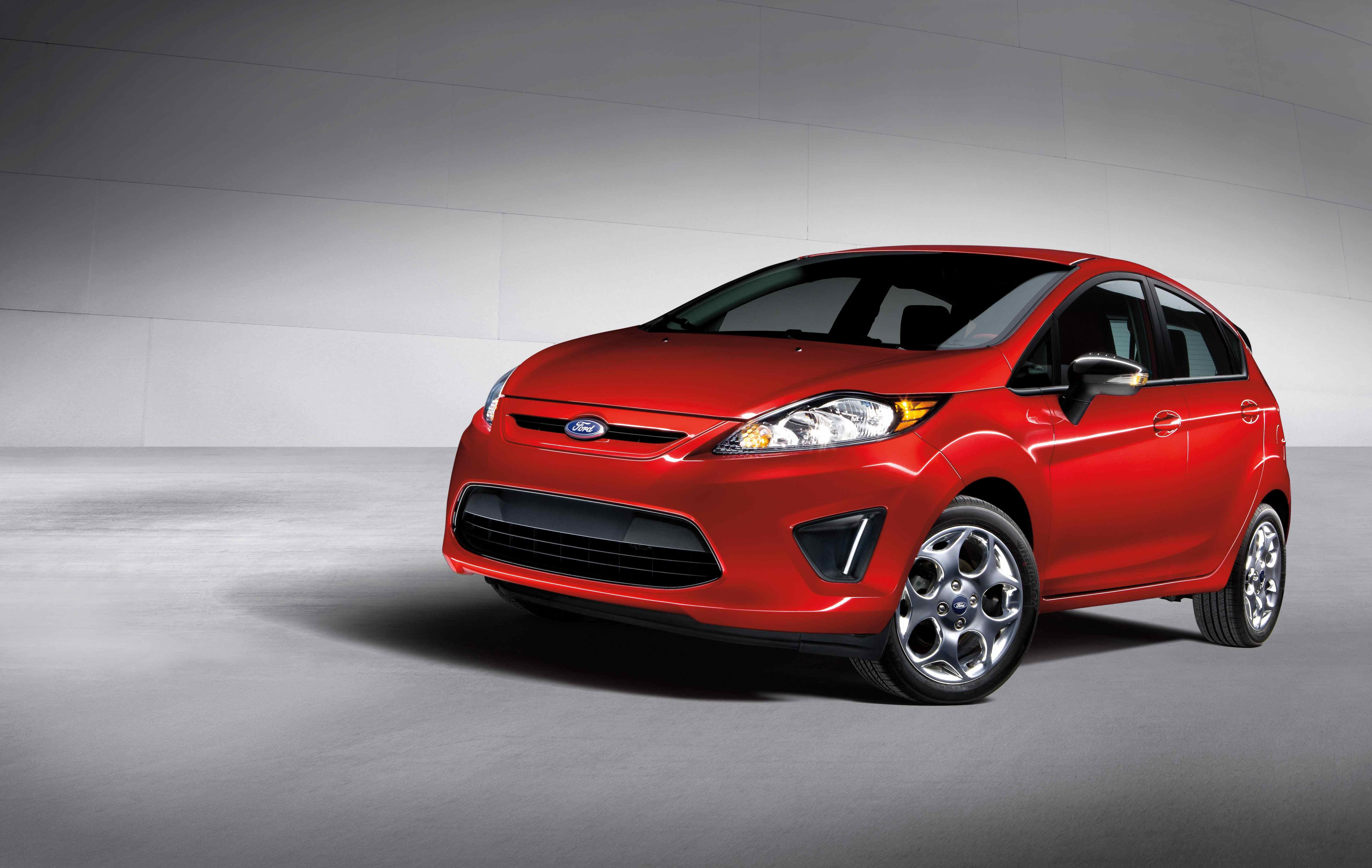 Ford Fiesta 2012 foto - 1