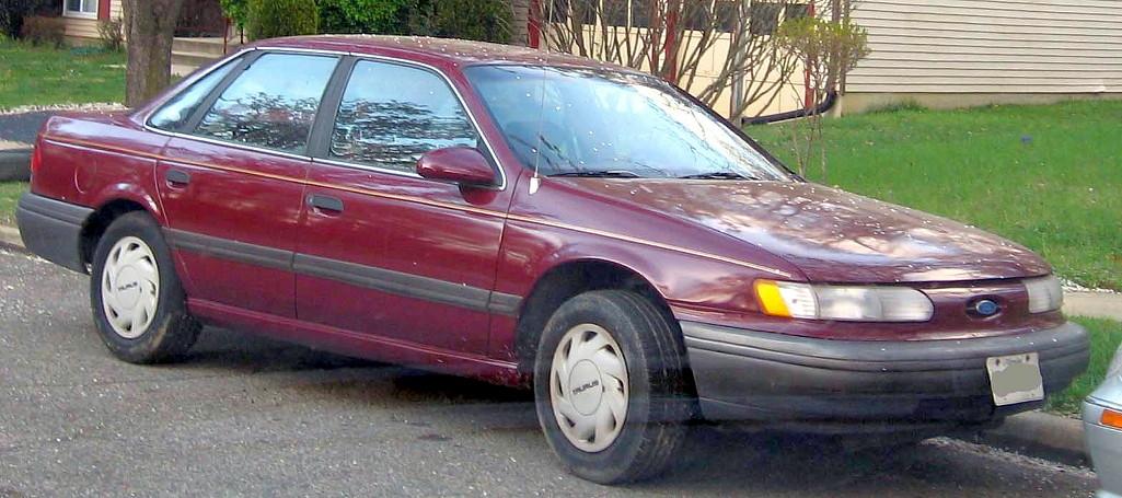 Ford Focus 1992 foto - 1