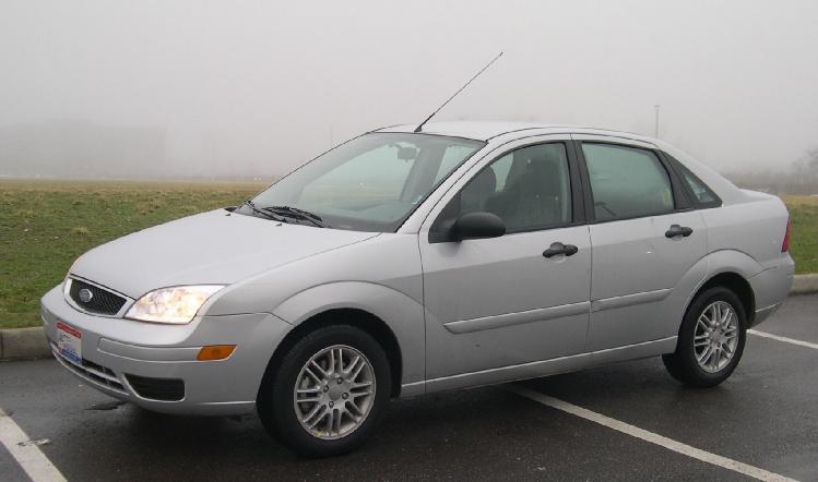 Ford Focus 2005 foto - 1