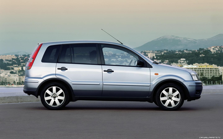 Ford Fusion 2003 foto - 1