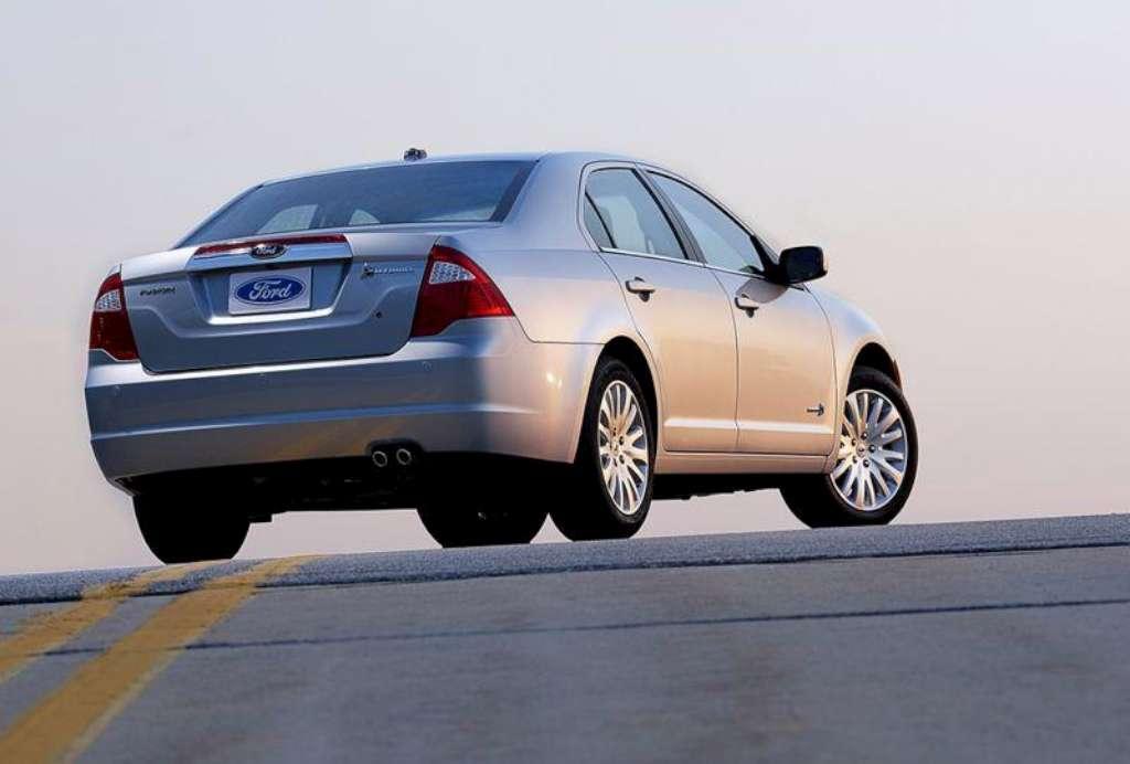 Ford Fusion 2011 foto - 2