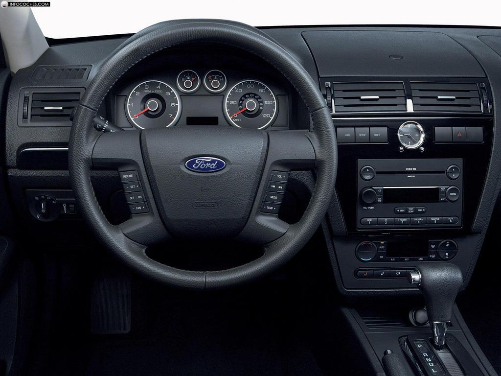 Ford Fusion 2015 foto - 5