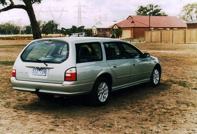Ford Futura 2003 foto - 5