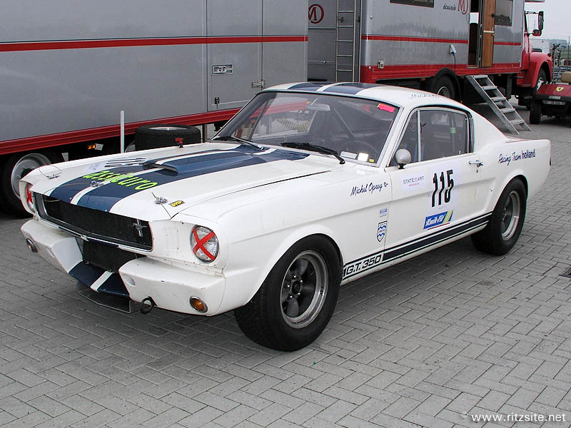 Ford GT 1965 foto - 2