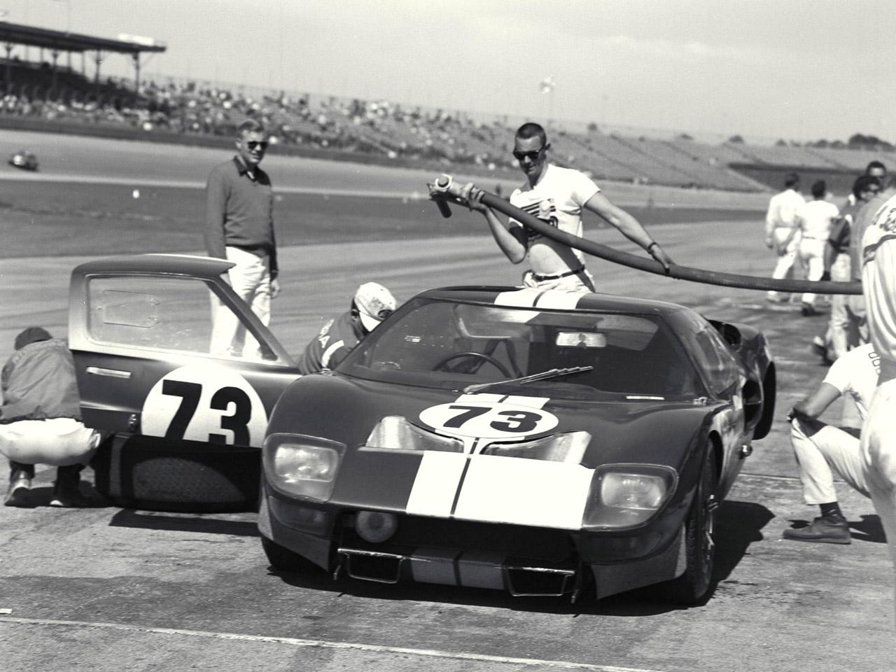 Ford GT40 1964 foto - 1