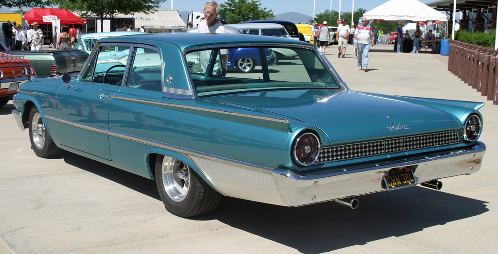 Ford Galaxie 1961 foto - 2