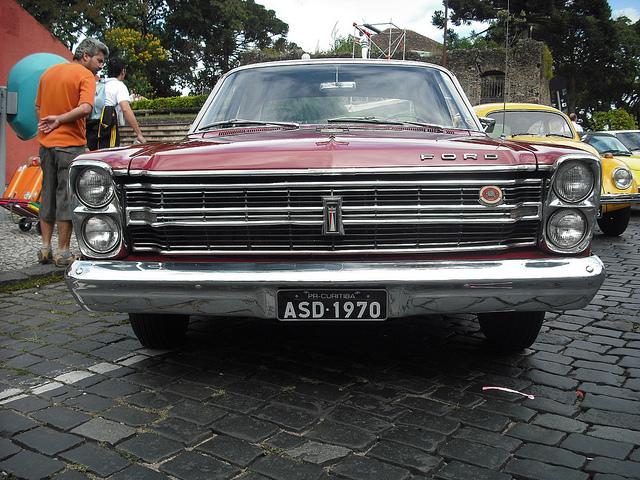 Ford Galaxy 1970 foto - 2
