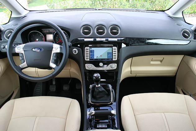 Ford Galaxy 2004 foto - 2