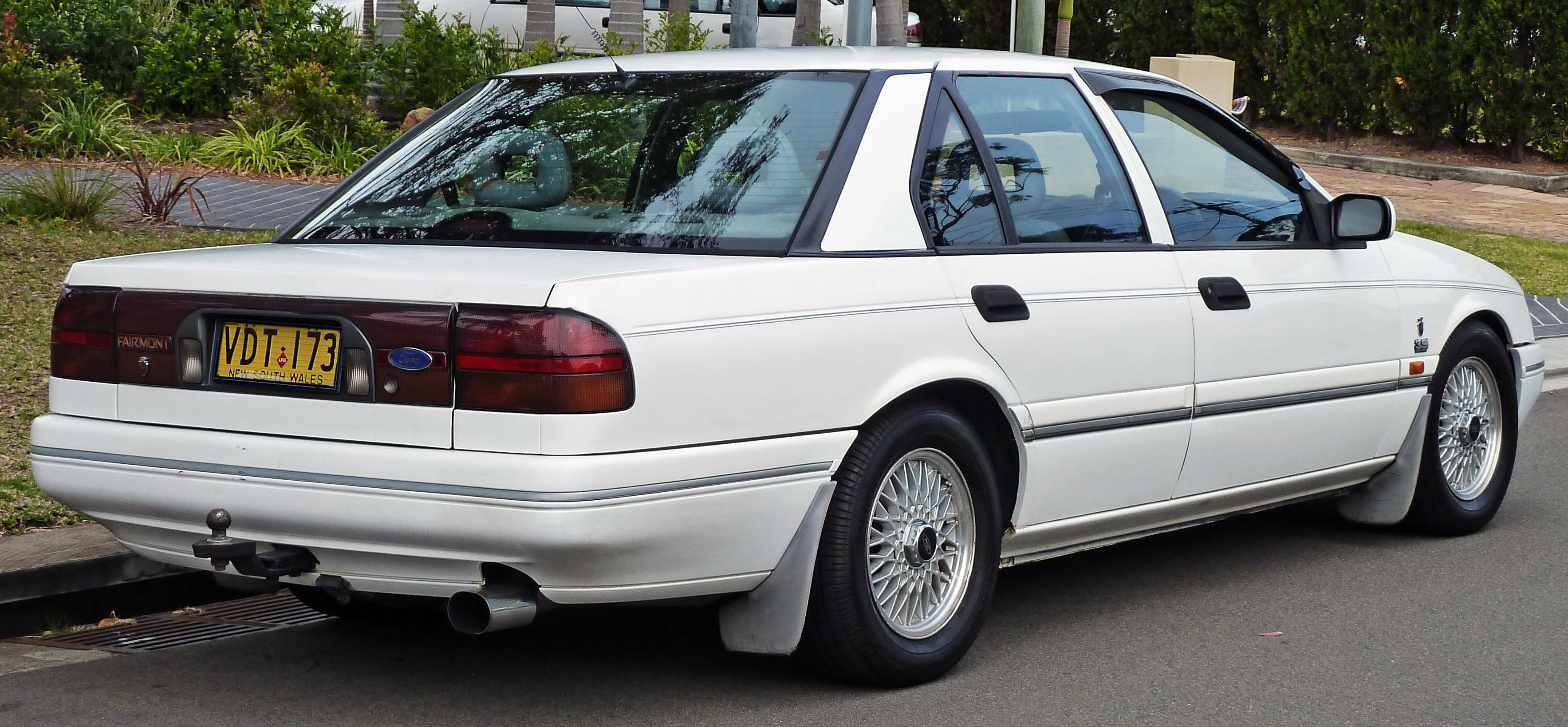Ford Ghia 1991 foto - 4