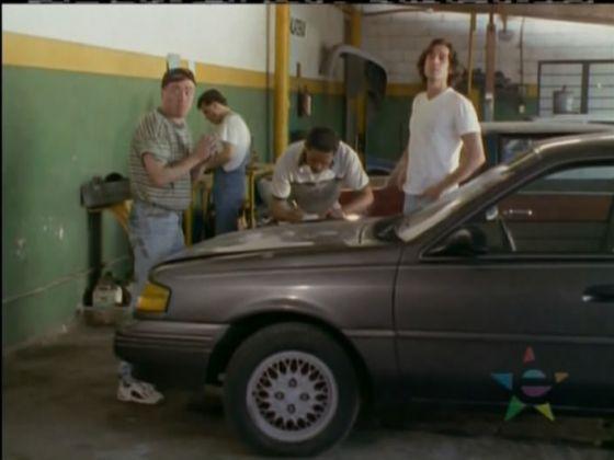 Ford Ghia 2001 foto - 2