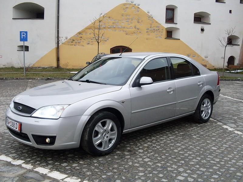 Ford Ghia 2002 foto - 3