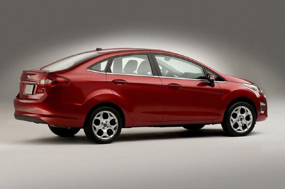 Ford Ikon 2012 foto - 3