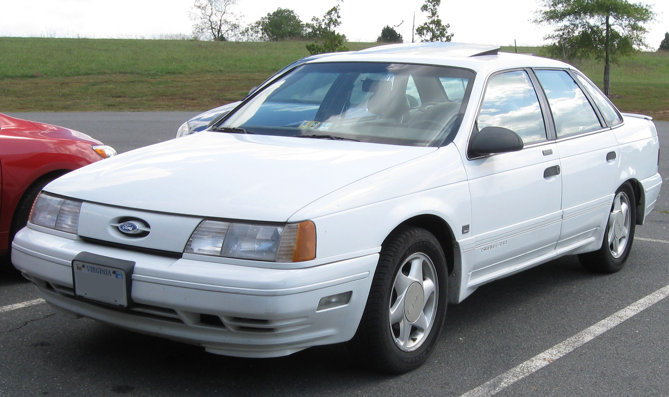 Ford K 1998 foto - 2