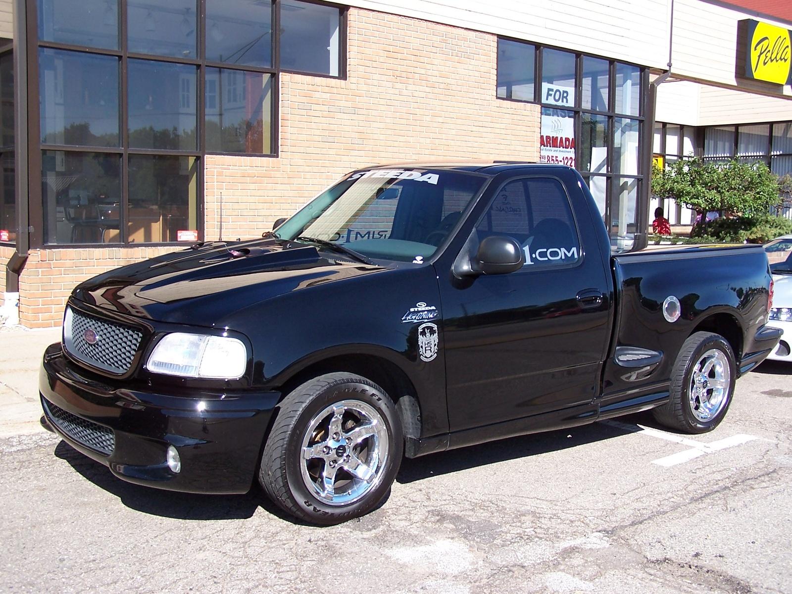Ford Lightning 1999 foto - 3