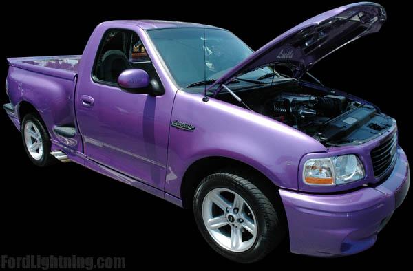 Ford Lightning 2000 foto - 1