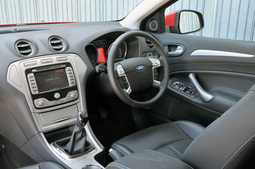 Ford Modeo 2004 foto - 4